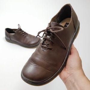Dr. Martens Lorrie III Soft Leather Work Shoe 8